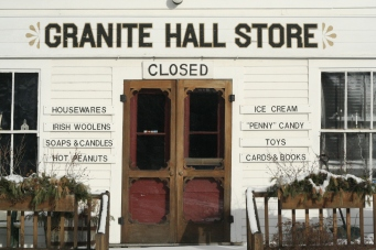 Granite Hall Store, Round Pond